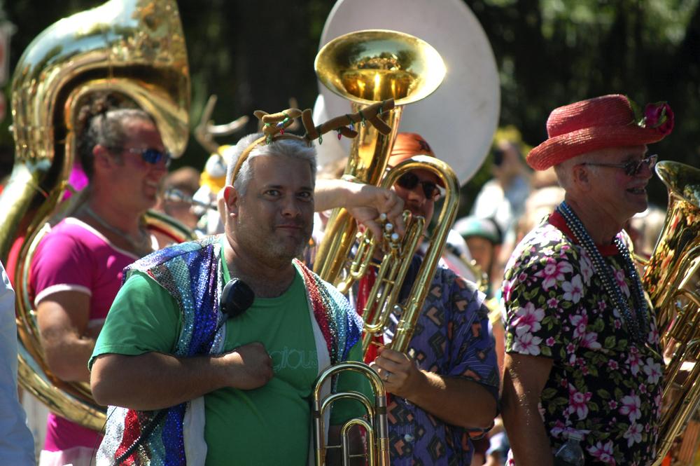 2013 CGF Grand Parade 0247080313